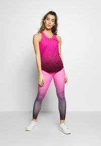 Ellesse - SACILE - Top - pink/black - 1