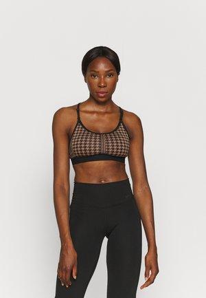 INDY BRA - Light support sports bra - archaeo brown/black/black/white
