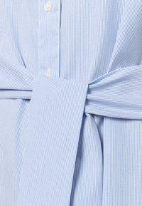 Lauren Ralph Lauren Woman - BISHNAL LONG SLEEVE CASUAL DRESS - Paitamekko - blue/white - 2
