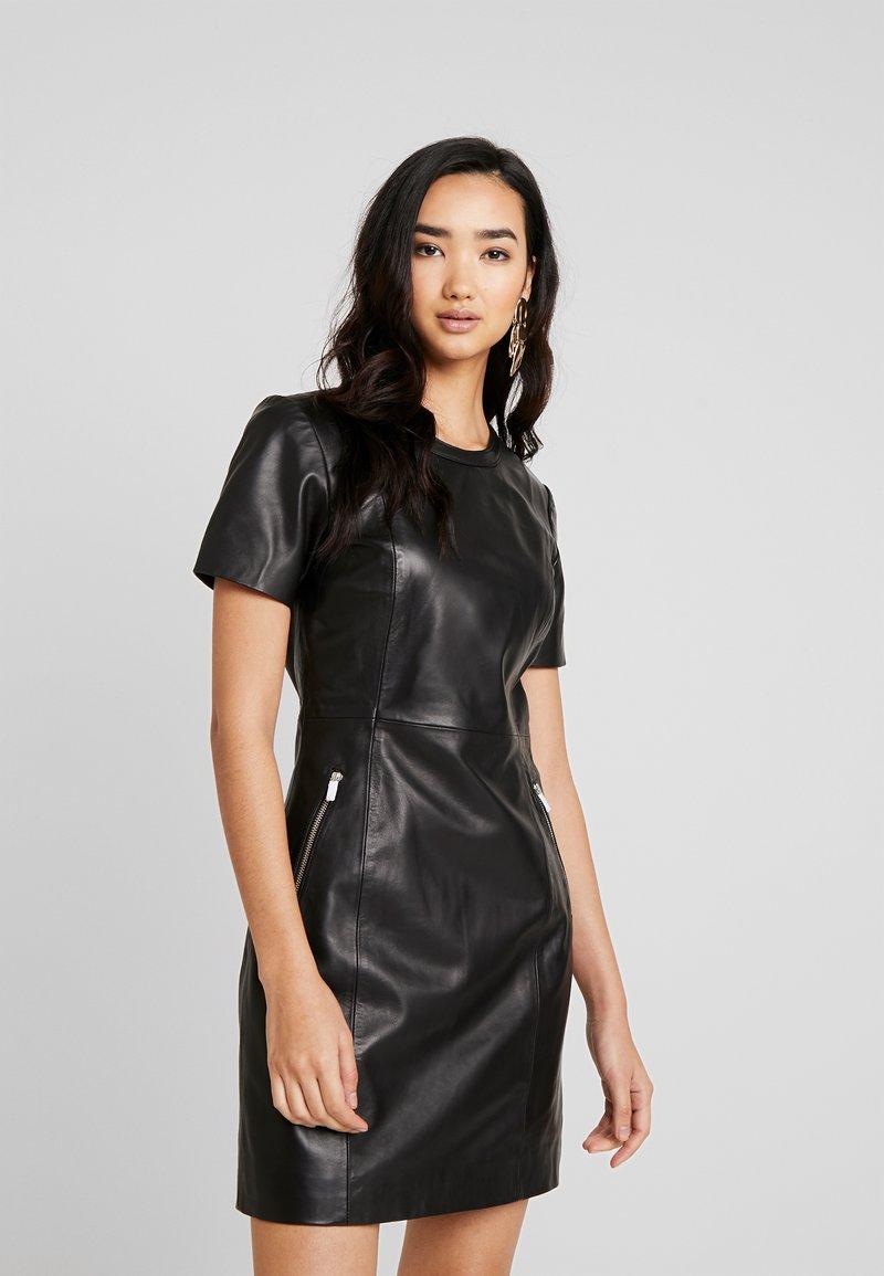 ONLY - ONLLENA LEATHER DRESS OTW - Pouzdrové šaty - black
