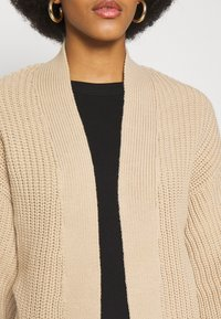 New Look - STITCHY BALLOON SLEEVE CARDIGAN - Cardigan - camel - 5