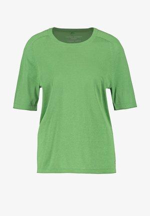 Camiseta básica - botanical