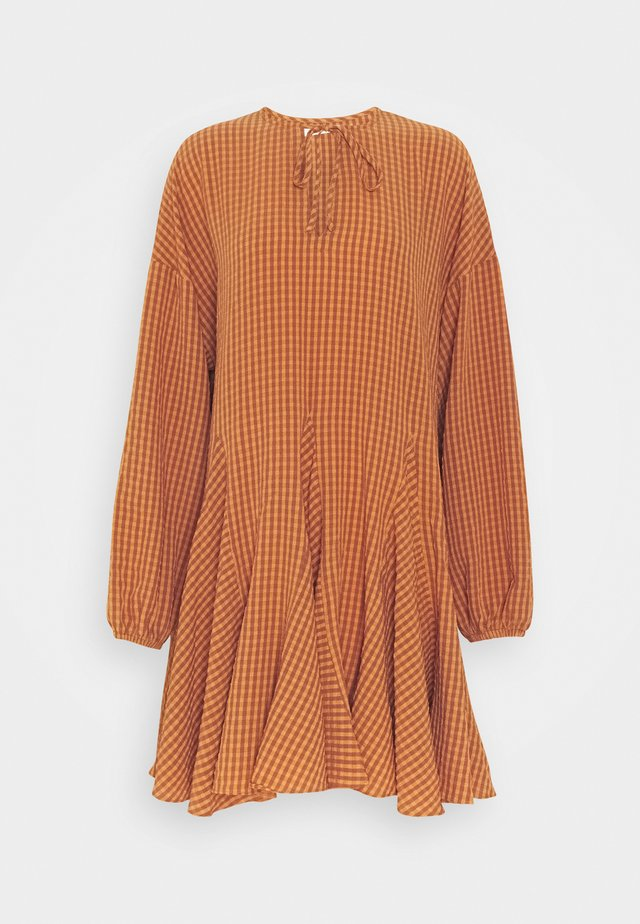 MINI DRESS WITH GODETS - Day dress - rust orange