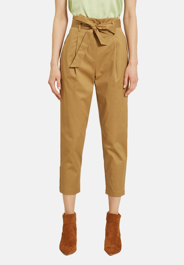 CARROT - Trousers - brown