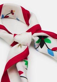 Polo Ralph Lauren - EMBELLISHED SCARF - Foulard - white/multi - 1