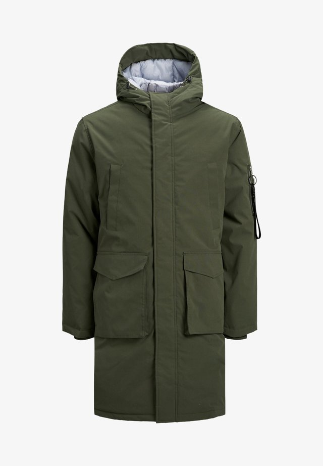 Parka - forest night