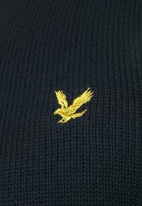 Lyle & Scott - CREW NECK - Stickad tröja - dark navy - 5