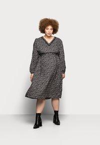 Mamalicious Curve - MLZELINA DRESS - Robe d'été - black - 0