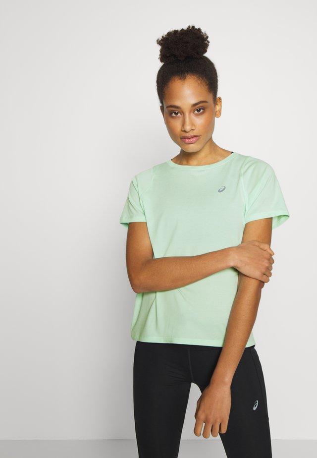 TOKYO  - T-shirt med print - mint tint