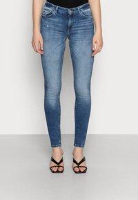 ONLY - ONLCARMEN - Jeansy Skinny Fit - dark blue denim - 0
