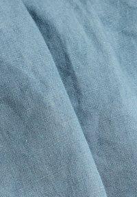 Esprit - Denim shorts - blue light washed - 9
