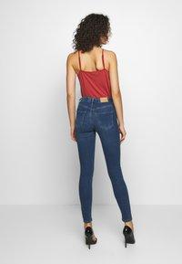 Gina Tricot - BONNIE - Jeans Skinny Fit - dark blue denim - 2