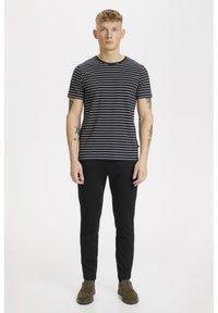 Matinique - JERMANE SAILOR - Print T-shirt - black - 1