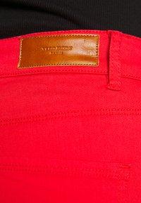 Vero Moda - VMHOTSEVEN ZIP PANTS - Jeans Skinny Fit - goji berry - 3
