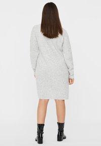Vero Moda Curve - Abito in maglia - light grey melange - 2