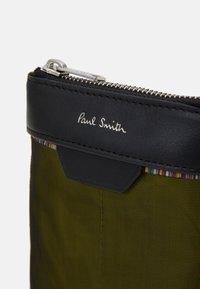 Paul Smith - BAG NECK POUCH MAT MIX UNISEX - Schoudertas - copper - 3