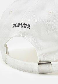 032c - BACKSTAGE UNISEX - Naģene - natural white - 5