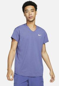 Nike Performance - T-shirt basic - dark purple - 0