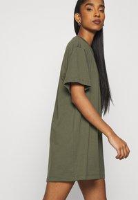 Nike Sportswear - DRESS - Jerseyjurk - khaki - 4