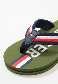 Tommy Hilfiger - T-bar sandals - military green/multicolor - 2