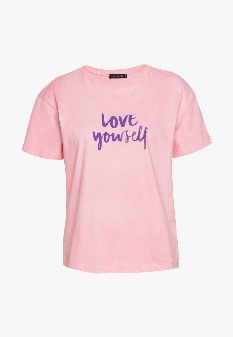 Trendyol - Print T-shirt - pink