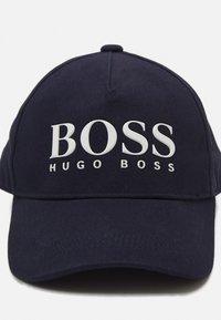 BOSS Kidswear - UNISEX - Kšiltovka - navy - 3