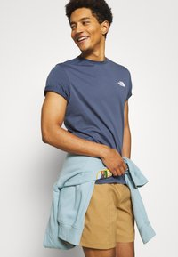 The North Face - SIMPLE DOME TEE - Basic T-shirt - vintage indigo - 3