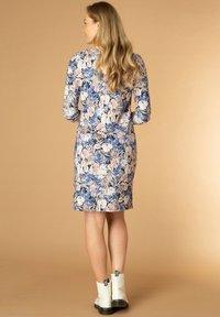 Ivy Beau - RYANNE - Day dress - maya blue/multi-colo - 1
