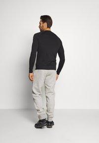 Peak Performance - ORIGINAL - Kalhoty - med grey mel - 2