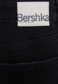 Bershka - Relaxed fit jeans - black - 5