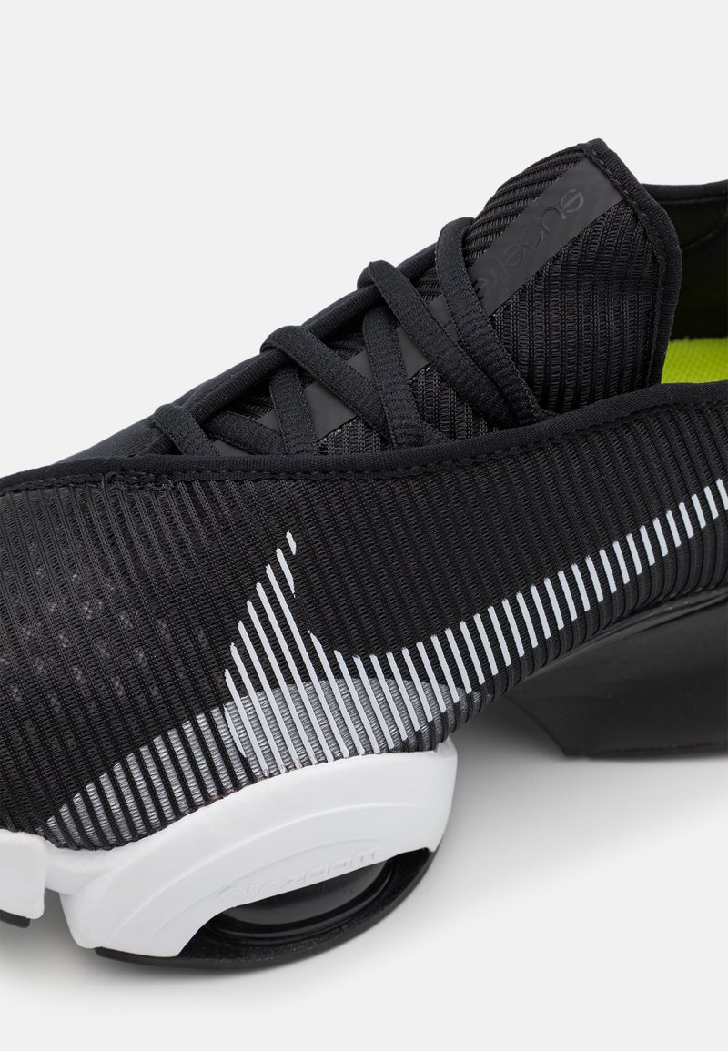 Nike Performance - AIR ZOOM SUPERREP 2 UNISEX - Zapatillas de entrenamiento - black/white