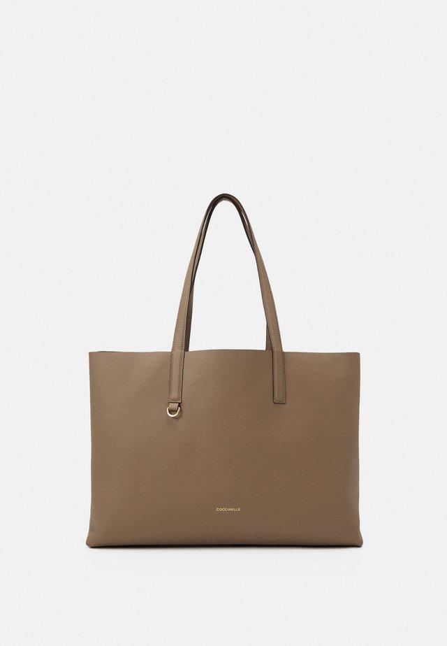 MATINEE - Handbag - taupe/caramel