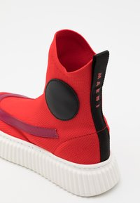 Marni - High-top trainers - red - 5