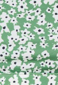 ARKET - Bikini top - green - 5
