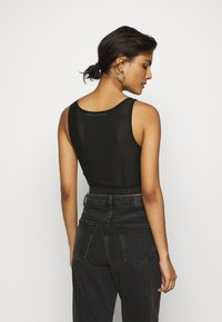 Calvin Klein Jeans - LOGO TAPE CROPPED - Top - black - 2