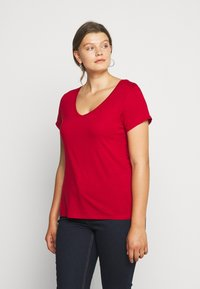 Anna Field Curvy - Basic T-shirt - chili pepper - 0