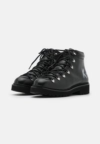 KARL LAGERFELD - KADET HIKER BOOT - Lace-up ankle boots - black - 2