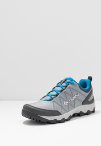 Columbia - PEAKFREAK X2 OUTDRY - Hiking shoes - monument/pool - 2