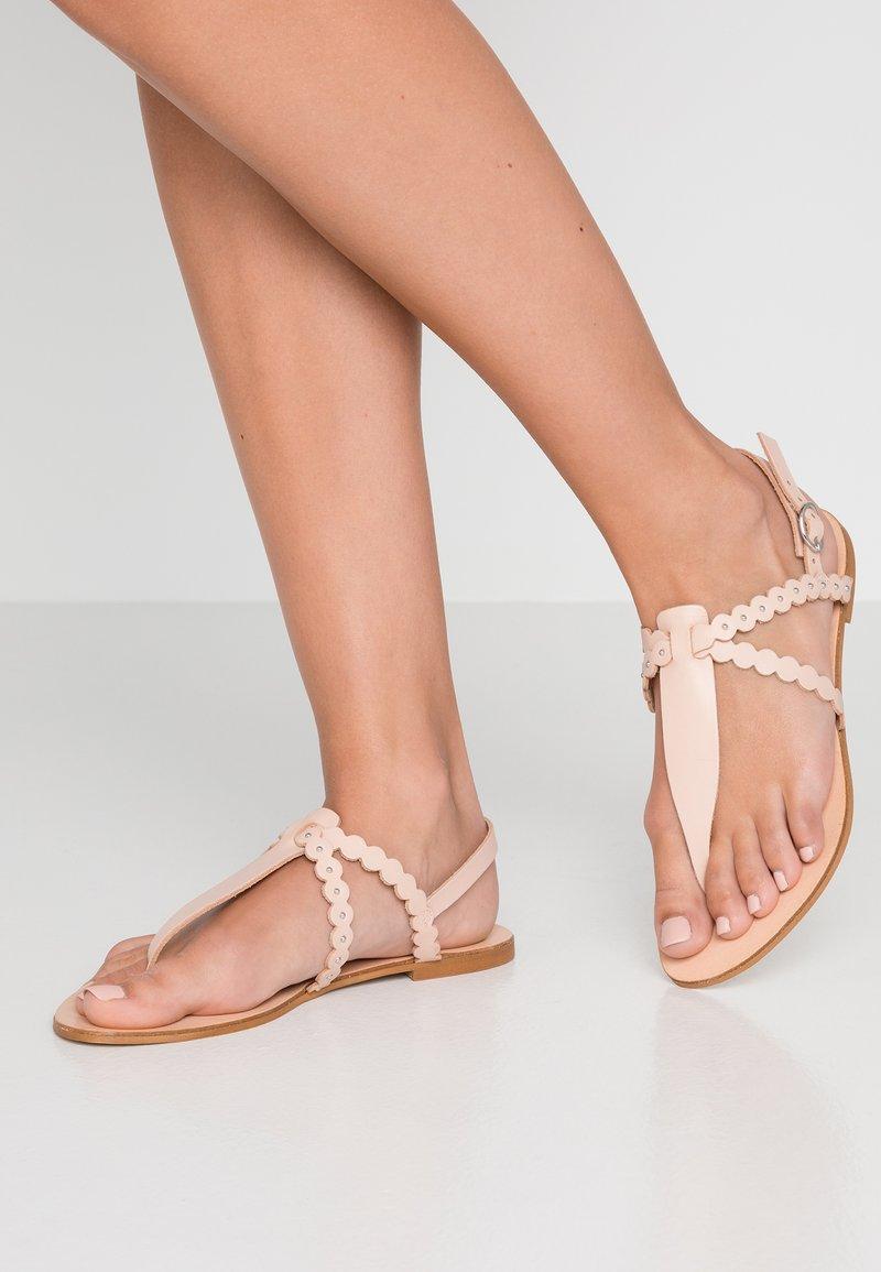 mint&berry - T-bar sandals - nude