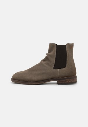 JFWRUKKA CHELSEA - Classic ankle boots - caribou