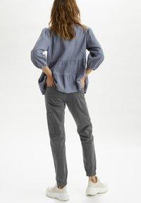 Cream - Slim fit jeans - eiffel tower - 2