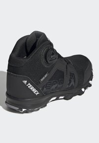 adidas Performance - TERREX BOA MID R.RDY UNISEX - Trekingové boty - core black/ftwr white/grey three - 2