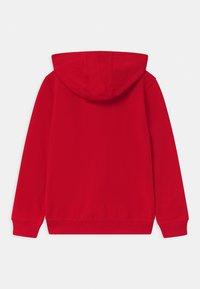 Tommy Hilfiger - GLOBAL STRIPE HOODED  - Zip-up hoodie - red - 1