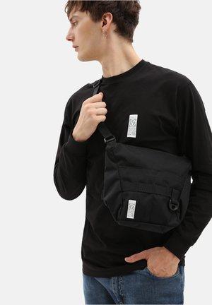Across body bag - black ripstop