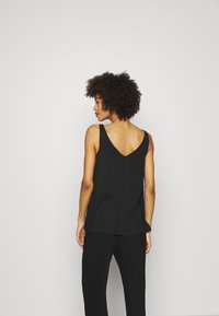 Wallis - V NECK CAMI - Top - black - 2