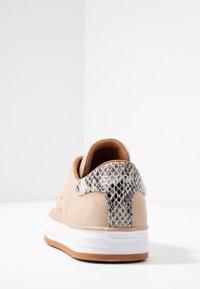 Esprit - SIMONA - Sneakers - bark - 5