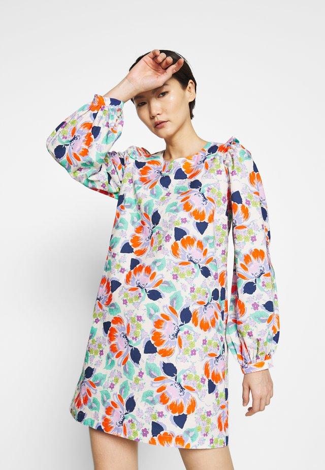 MIRNA - Sukienka letnia - tangerine