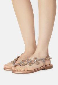 KHARISMA - T-bar sandals - rosa - 0