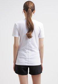 Calvin Klein Jeans - Print T-shirt - bright white - 2