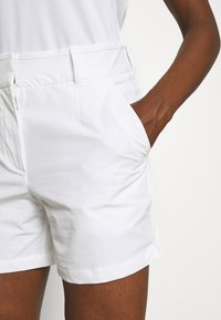 Nike Golf - DRY FIT VICTORY SHORT - Sports shorts - white - 4